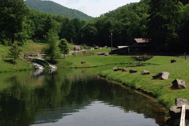 Cooper Creek Trout Farm & Pond, Bryson City, United States