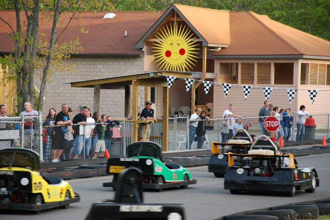 Costa's Family Fun Park, Hawley, United States