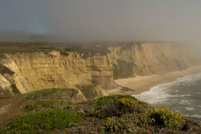 Cowell Ranch State Beach, Half Moon Bay, United States