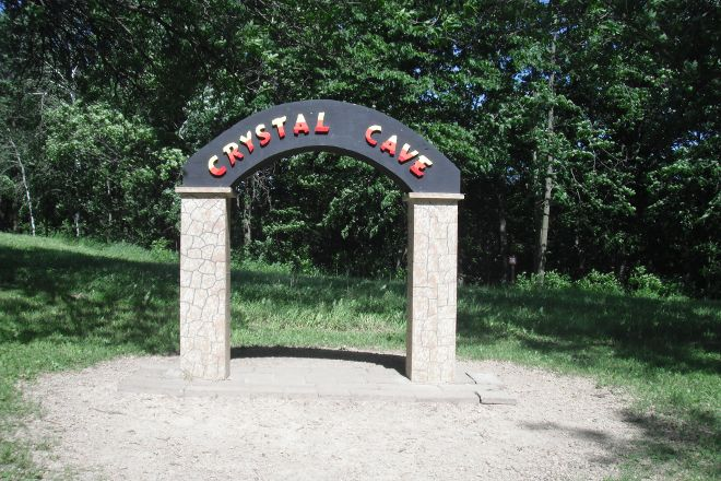 Crystal Cave, Spring Valley, United States