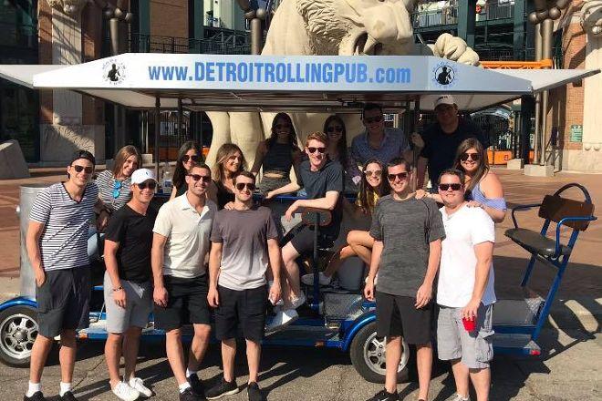 Detroit Rolling Pub, Detroit, United States