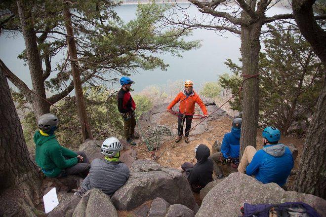 Devils Lake Climbing Guides, Baraboo, United States