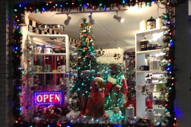 Door County Dog Store, Sturgeon Bay, United States
