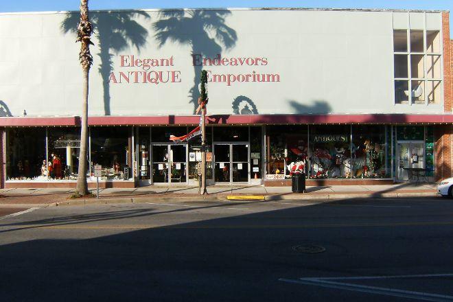 Elegant Endeavors Antique Emporium, Panama City, United States