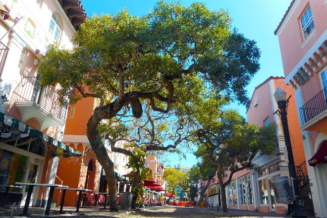 Espanola Way, Miami Beach, United States