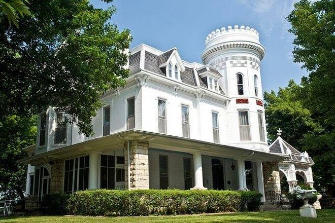 Evah C. Cray Historical Home, Atchison, United States