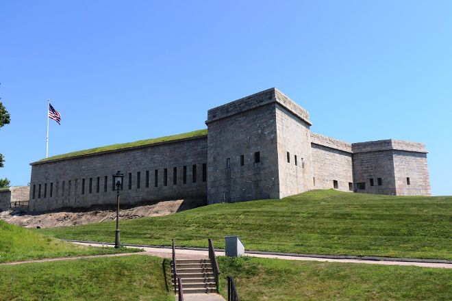 Fort Trumbull State Park, New London, United States