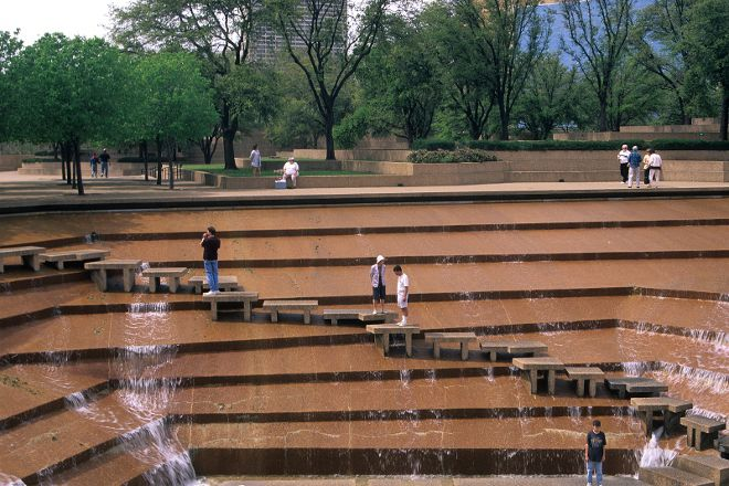 Fort Worth Water Gardens, Fort Worth, United States
