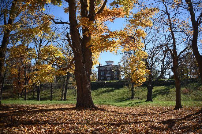G. W. Henderson Plantation - Henderson Hall, Williamstown, United States