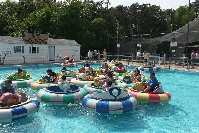 Grand Slam Entertainment, Cape Cod Baseball & Bumper Boats, Harwich Port, United States