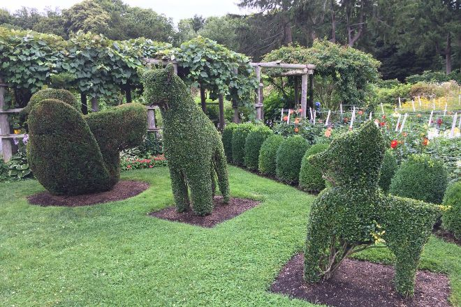 Green Animals Topiary Gardens, Portsmouth, United States