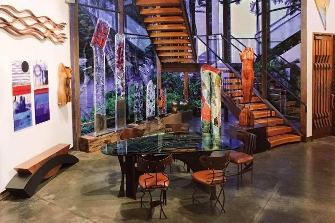 Hawthorne Gallery, Big Sur, United States