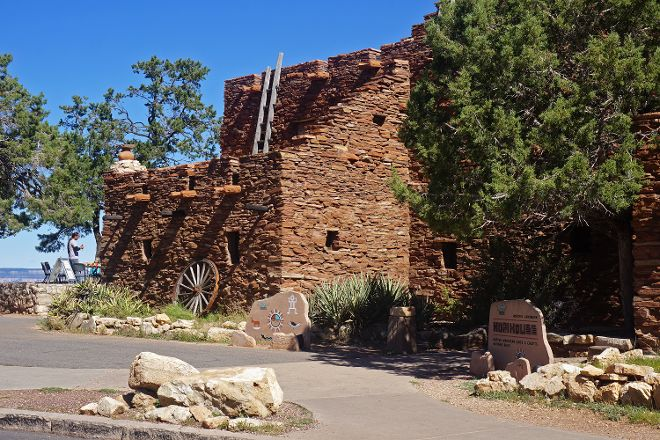 Hopi House, Grand Canyon National Park, United States