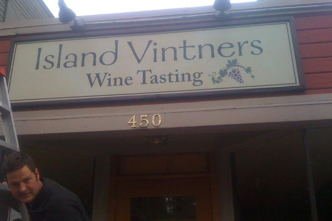 Island Vintners, Bainbridge Island, United States
