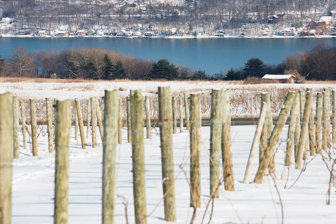 Keuka Lake Wine Trail, Penn Yan, United States