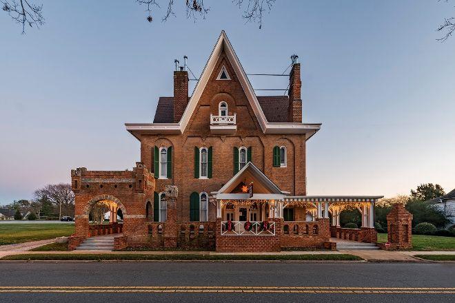 Korner's Folly, Kernersville, United States