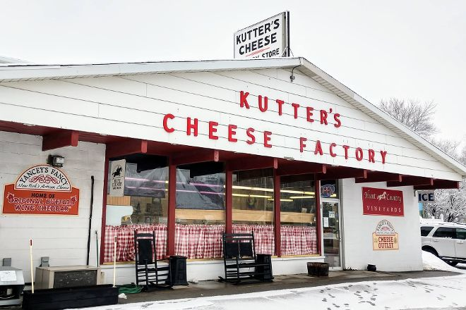 Kutter's Cheese Factory Store, Corfu, United States