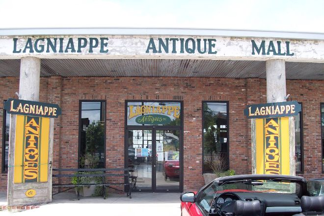 Lagniappe Antiques Etc., Breaux Bridge, United States