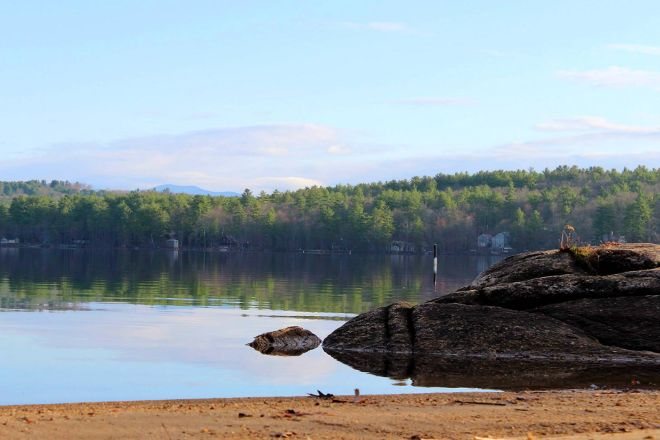 Lake Waukewan, Meredith, United States