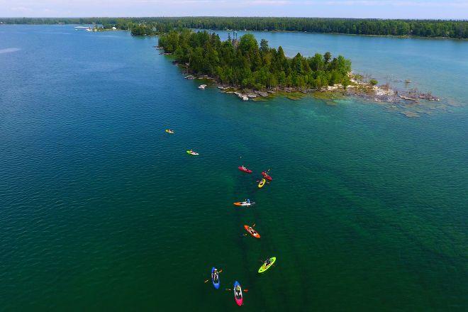 Lakeshore Adventures, Baileys Harbor, United States