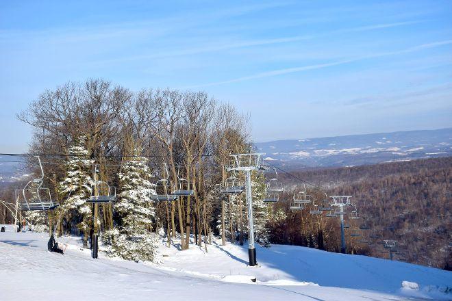 Laurel Mountain Ski Resort, Ligonier, United States