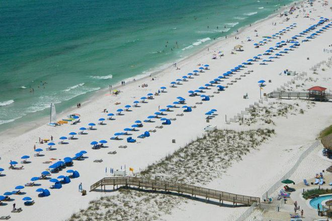 Lazy Days Beach Service, Pensacola Beach, United States
