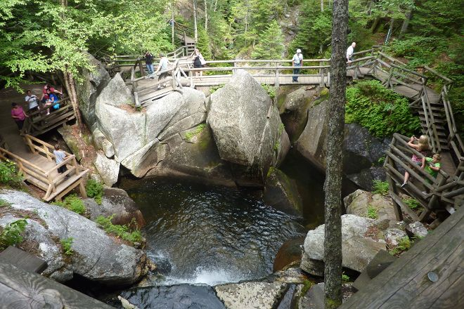 Lost River Gorge and Boulder Caves, Woodstock, United States