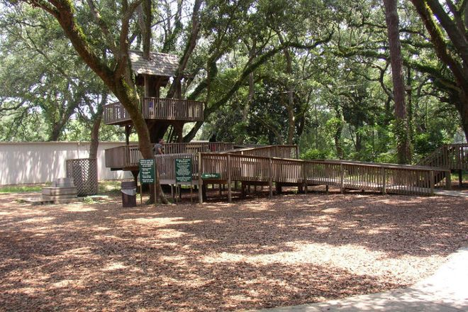 Lynn Meadows Discovery Center, Gulfport, United States