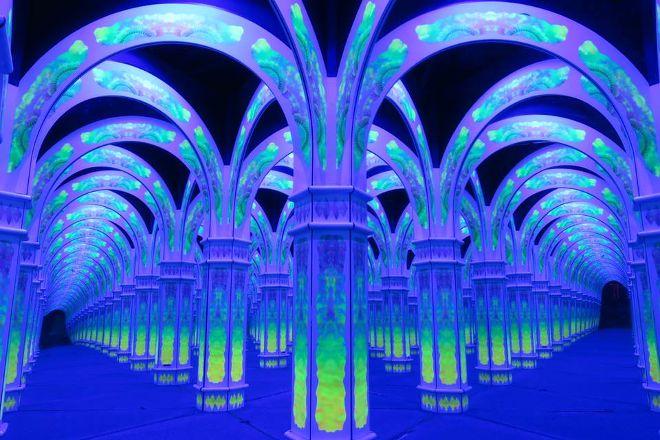 Magowan's Infinite Mirror Maze, San Francisco, United States
