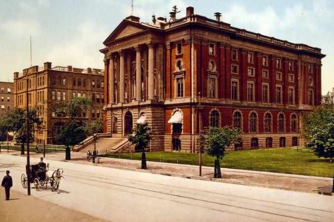 Massachusetts Institute of Technology (MIT), Cambridge, United States