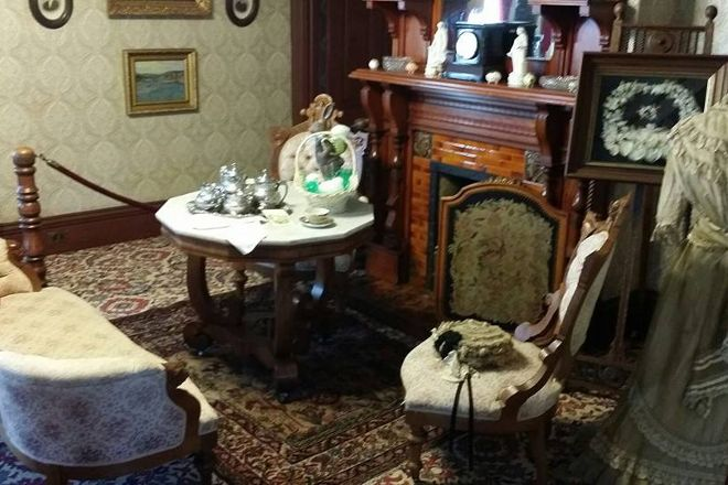Meux Home Museum, Fresno, United States