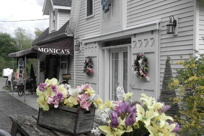 Monica's Pies, Naples, United States