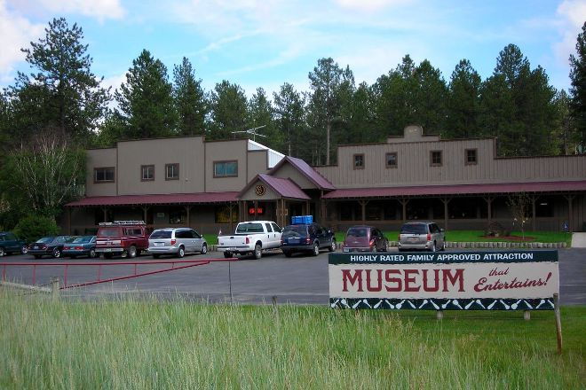 National Museum of Woodcarving, Custer, United States