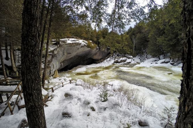 Natural Stone Bridge and Caves, Pottersville, United States
