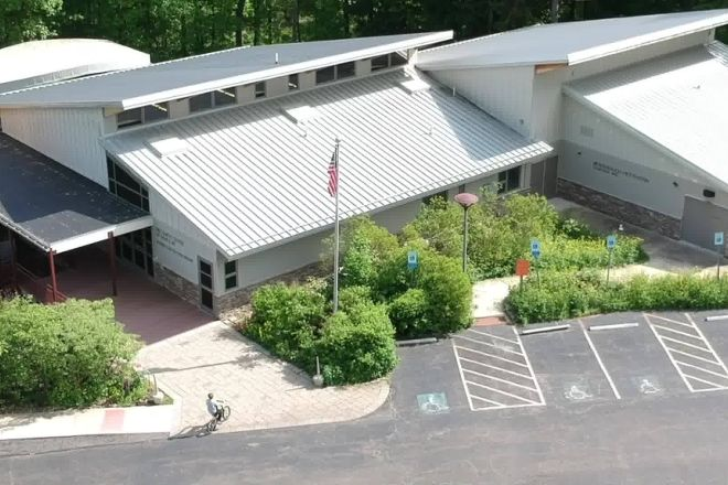 Ned Smith Center for Nature and Art, Millersburg, United States