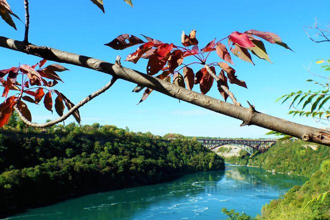 Niagara Gorge Trail, Niagara Falls, United States