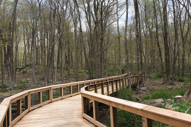 Norwalk River Valley Trail, Wilton, United States