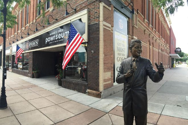 Pawnseum, Rapid City, United States