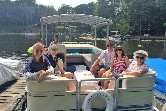 Portage Lakes Cruises, Akron, United States