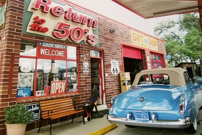 Return to the 50s, Seligman, United States