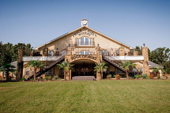 Rock of Ages Winery, Hurdle Mills, United States