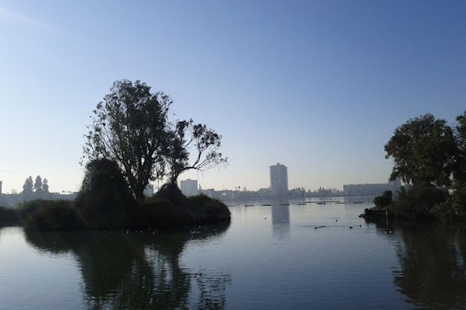 Rotary Nature Center and Waterfowl Refuge, Oakland, United States