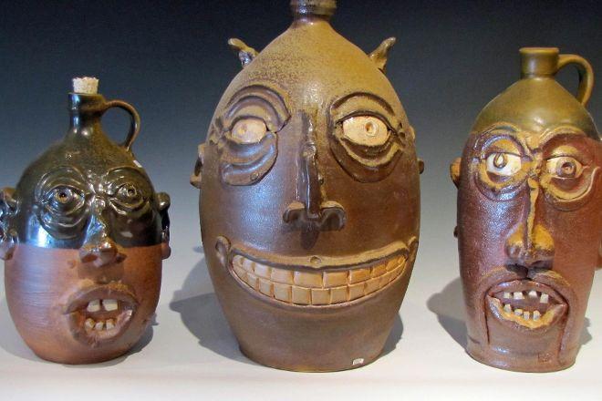 Rottenstone Pottery, Arroyo Seco, United States