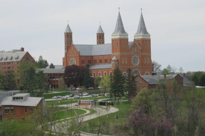 Saint Vincent College, Latrobe, United States
