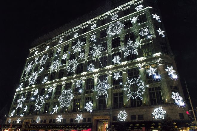 Saks Fifth Avenue, New York City, United States