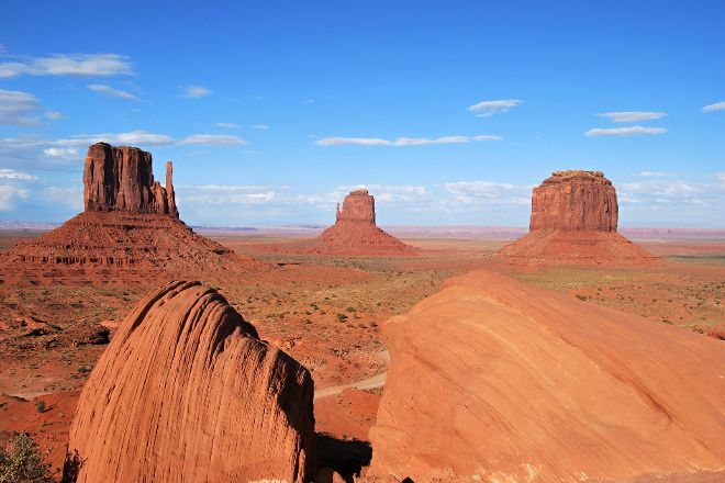 Sandstone Tours, Monument Valley, United States