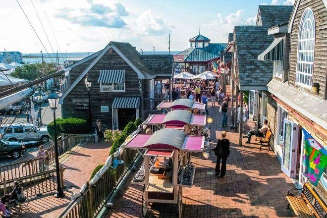 Schooner's Wharf, Beach Haven, United States