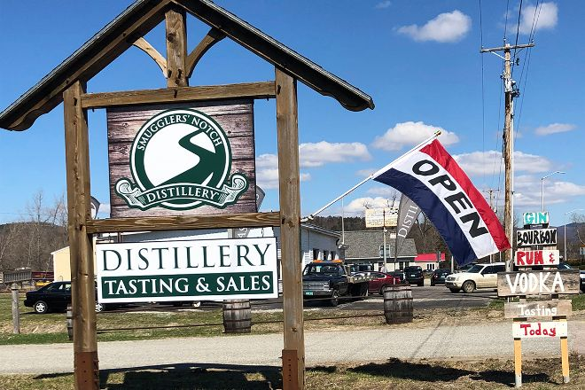 Smugglers' Notch Distillery - Maple Products - Gift Shop - Local Products, Jeffersonville, United States