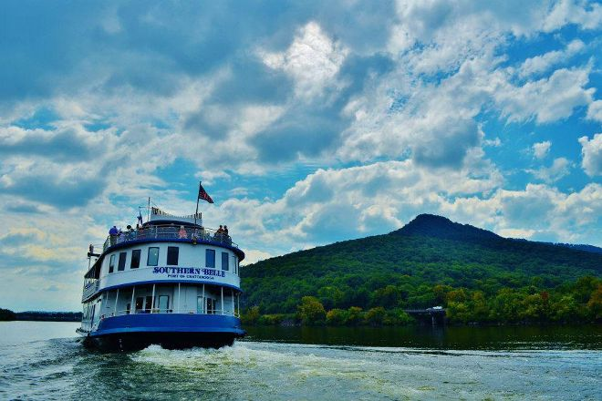 Southern Belle Riverboat Cruise, Chattanooga, United States