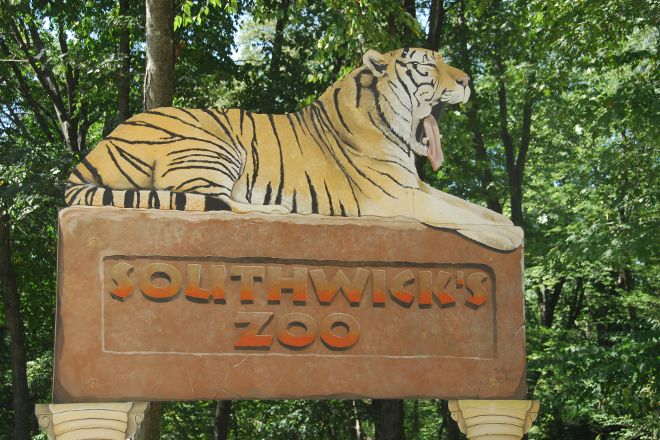 Southwick's Zoo, Mendon, United States